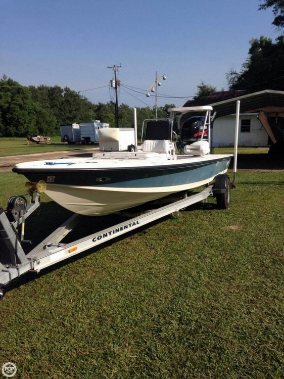 2004 used hewes 21 redfisher flats fishing boat for sale for Flats fishing boats