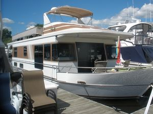 Used Monticello River Yacht House Boat For Sale