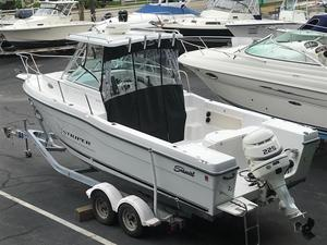 Used Seaswirl Striper 2600 Limited Edition Cuddy Cabin Boat For Sale