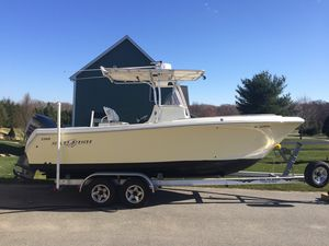 Used Sailfish 2360 CC Center Console Fishing Boat For Sale