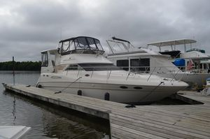 Used Sea Ray 420 A/C Aft Cabin Motor Yacht For Sale