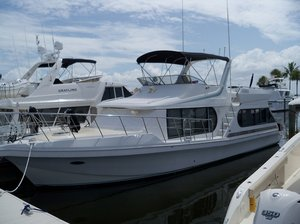 Used Bluewater Yachts Cockpit Coastal Cruiser Motor Yacht For Sale