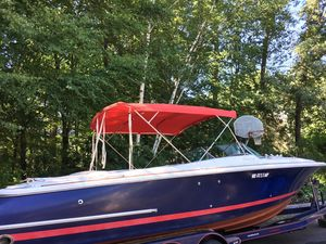 Used Chris-Craft 28 Sports Cruiser Boat For Sale