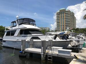 Used Chris-Craft 50 Constellation Motor Yacht For Sale