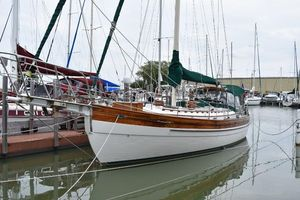 Used Hans Christian 41T Cruiser Sailboat For Sale
