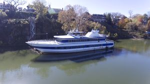 Used Chesapeake 162 Cruise Ship Boat For Sale