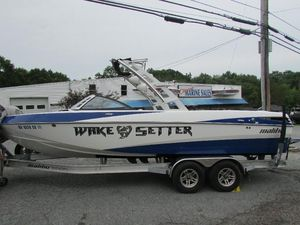 Used Malibu Wakesetter 247 LSVWakesetter 247 LSV Ski and Wakeboard Boat For Sale