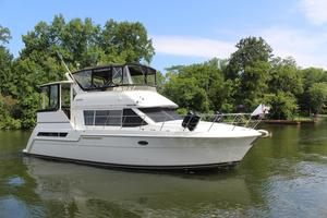 Used Carver 405 Aft Cabin Motor Yacht For Sale