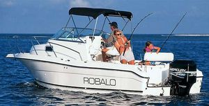 Used Robalo 2240 Walkaround Center Console Fishing Boat For Sale