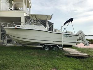 Used Sea Boss 235 Walkaround Cruiser Boat For Sale