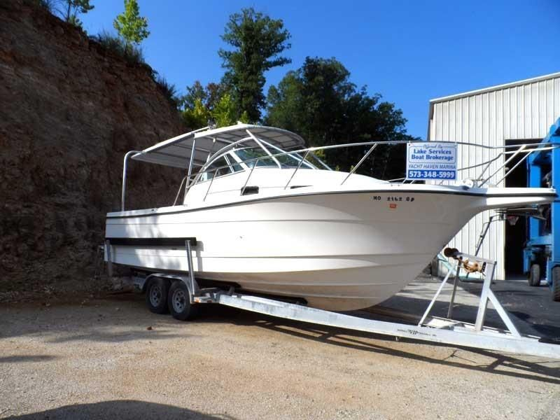 1997 Used Bayliner Trophy 2802 Center Console Fishing Boat