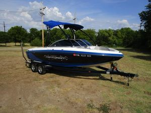 Used Ski Centurion Falcon V Air WarriorFalcon V Air Warrior Ski and Wakeboard Boat For Sale