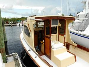 Used Groverbuilt 28 Cruiser Boat For Sale