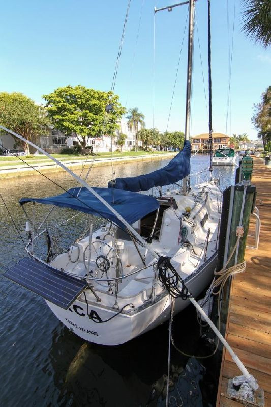 Used C&c Yachts 30 Cruiser Sailboat For Sale