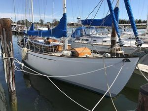 Used Herreshoff Diddikai Cruiser Sailboat For Sale