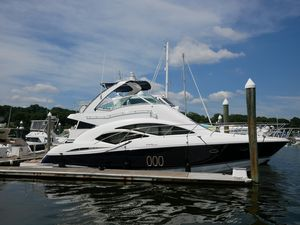 Used Cruisers Yachts 447 Sport Sedan. Motor Yacht For Sale