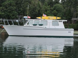 Used Monk Sedan Express Cruiser Boat For Sale