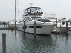 Used Sea Ray L55 Flybridge Boat For Sale