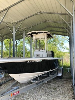 Used Sea Chaser 23 LX Bay Saltwater Fishing Boat For Sale