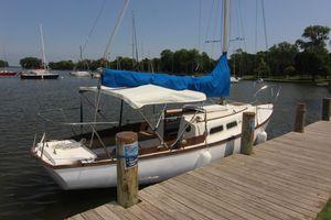 Used Cape Dory 25 Cruiser Sailboat For Sale