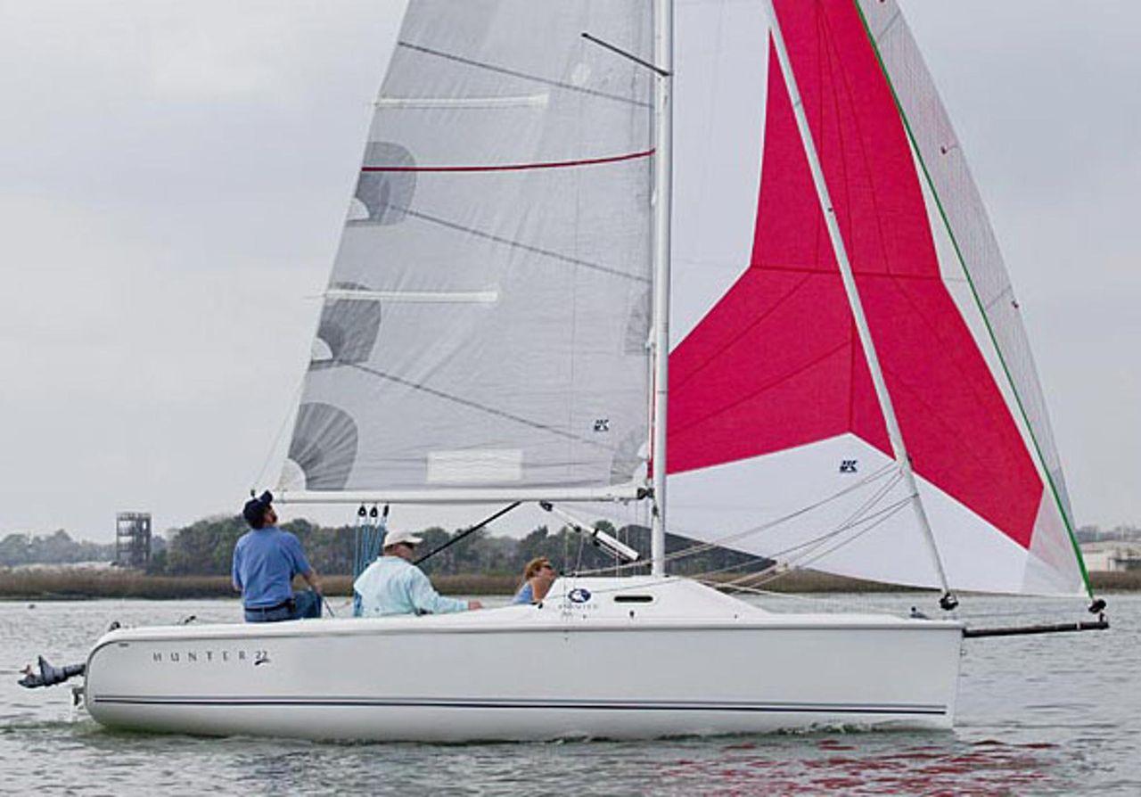 2015 Used Marlow-Hunter 22 Daysailer Sailboat For Sale ...