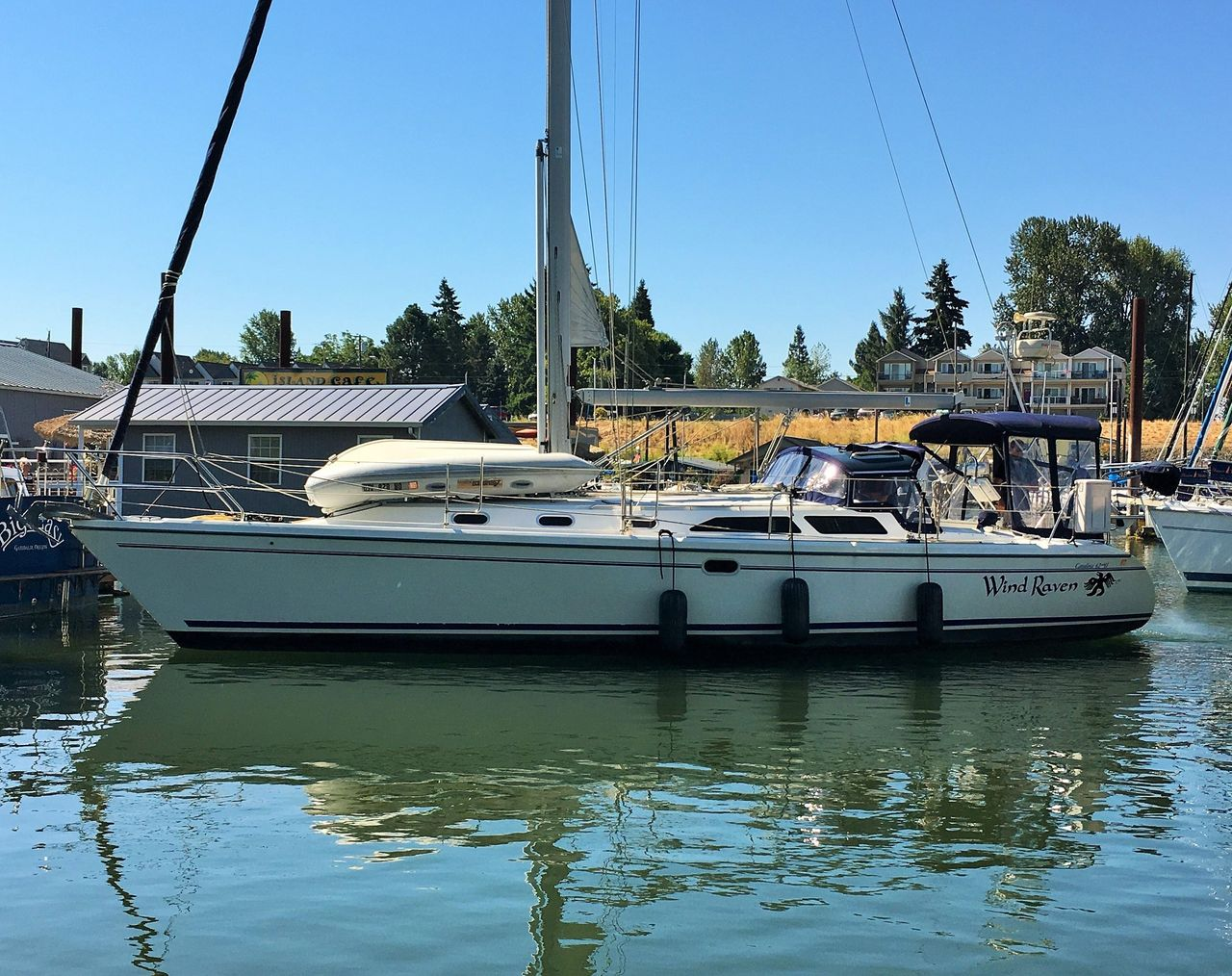 2002 Used Catalina 42 MKII Cruiser Sailboat For Sale - $129,900