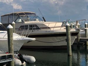 Used Chris-Craft 381 Catalina Motor Yacht For Sale