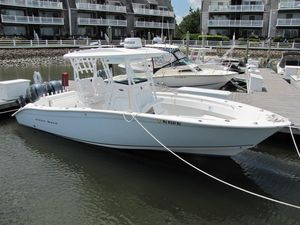 Used Cape Horn 27 Offshore CC Center Console Fishing Boat For Sale