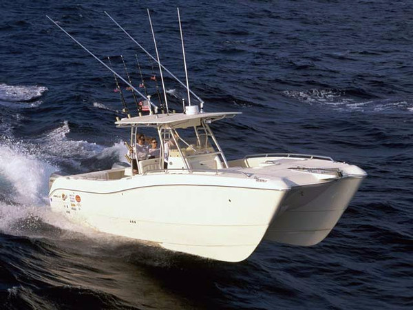 Used World Cat Center Consoles 330TE Center Console Fishing Boat For Sale