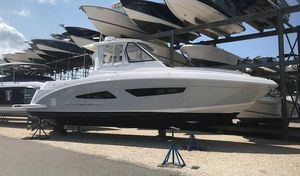 New Regal 33 SAV Center Console Fishing Boat For Sale