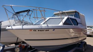 Used Bayliner Ciera 2452 ExpressCiera 2452 Express Cruiser Boat For Sale