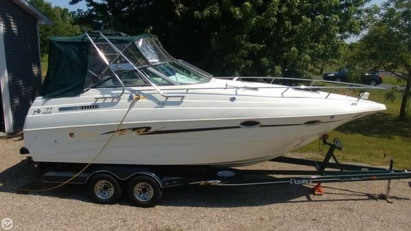 Used Mariah Z260 Express Cruiser Boat For Sale