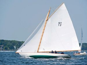 Used Herreshoff New YORK 30 Antique and Classic Boat For Sale