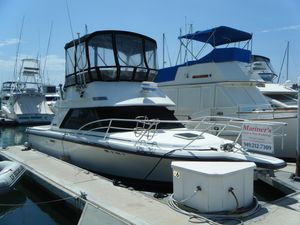 Used Phoenix 29 Convertible Sports Fishing Boat For Sale
