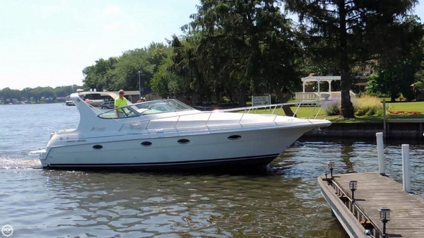 Used Cruisers Yachts 35 Express Cruiser Boat For Sale