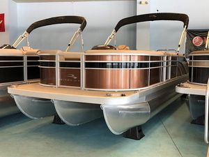 New Bennington SX23 Swingback Premium Pontoon Boat For Sale