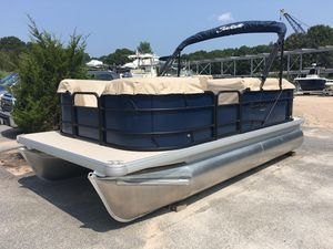 New Sweetwater 1680 C Pontoon Boat For Sale
