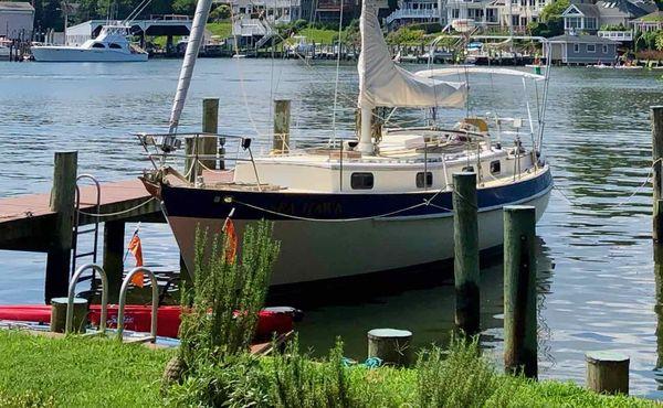 Used Valiant 40 Cruiser Sailboat For Sale