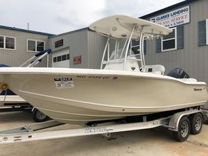 Used Tidewater Boats Center Console 210 CC LXF Center Console Fishing Boat For Sale