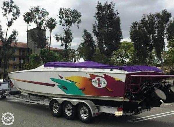 Used Cigarette Top Gun 38 High Performance Boat For Sale