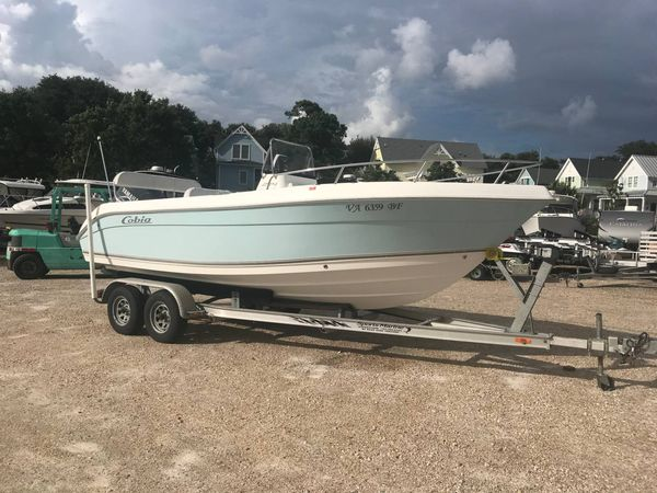 Used Cobia 214 CC214 CC Saltwater Fishing Boat For Sale