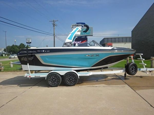 New Tige ZX1ZX1 Ski and Wakeboard Boat For Sale