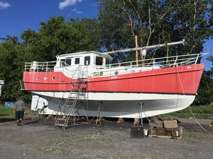 Used Seahorse Diesel Duck Trawler Boat For Sale
