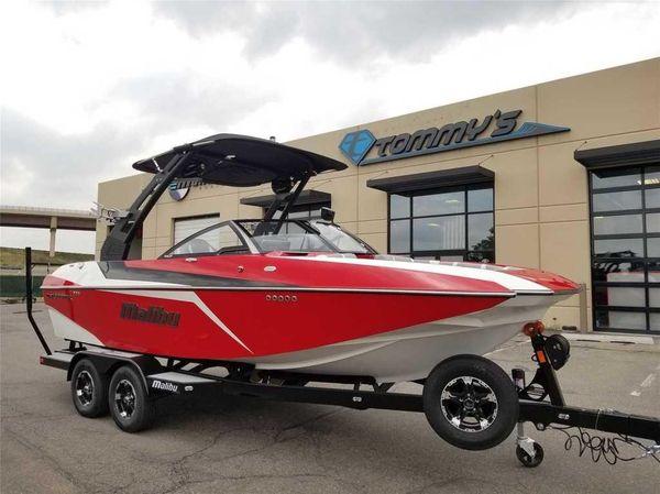 New Malibu 21 MLX21 MLX Ski and Wakeboard Boat For Sale
