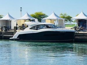 Used Carver 37 Coupe Express Cruiser Boat For Sale