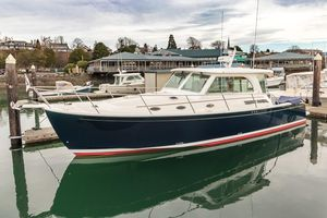 Used Back Cove 41 Express Cruiser Boat For Sale