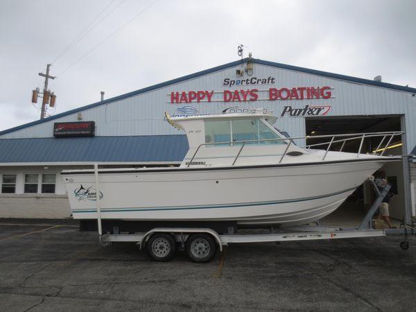 Used Baha Cruisers 251 GLE251 GLE Sports Fishing Boat For Sale