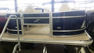New Starcraft Ex20f4 Motor Yacht For Sale