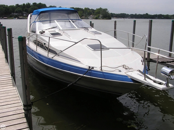 Used Bayliner 3205 Avanti Express Cruiser Boat For Sale