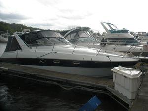 Used Larson Cabrio 300 Mid Cabin Express Cruiser Boat For Sale